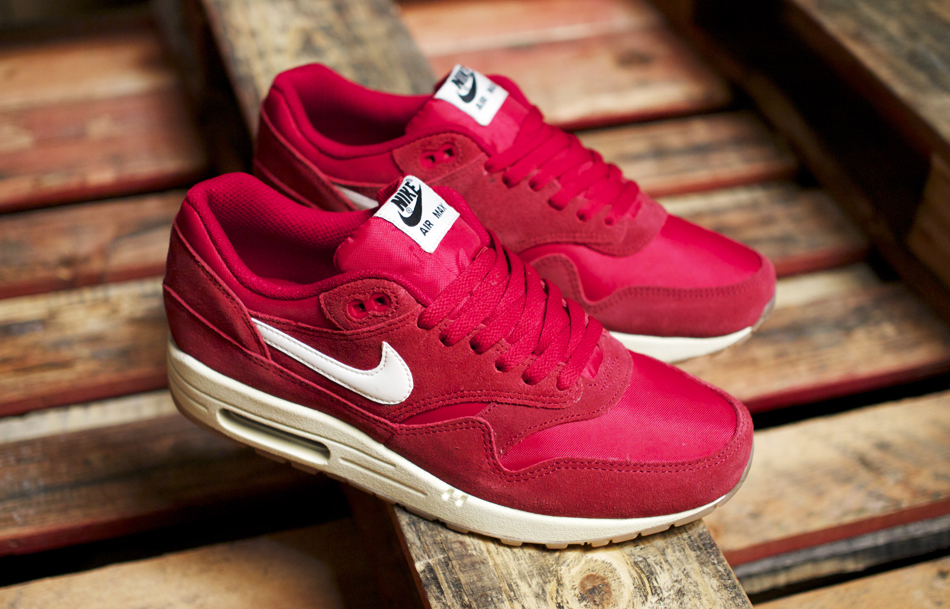 "AIR MAX 1 ESSENTIAL ""RED GUM"""